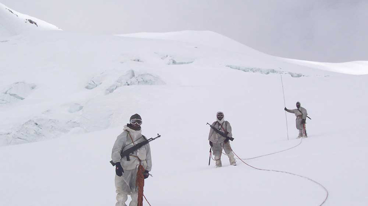 siachen-glacier-the-worlds-highest-battlefield
