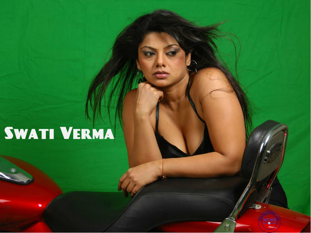 swati-verma-hd-wallpaper1