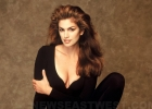 cindy-crawford cleavage