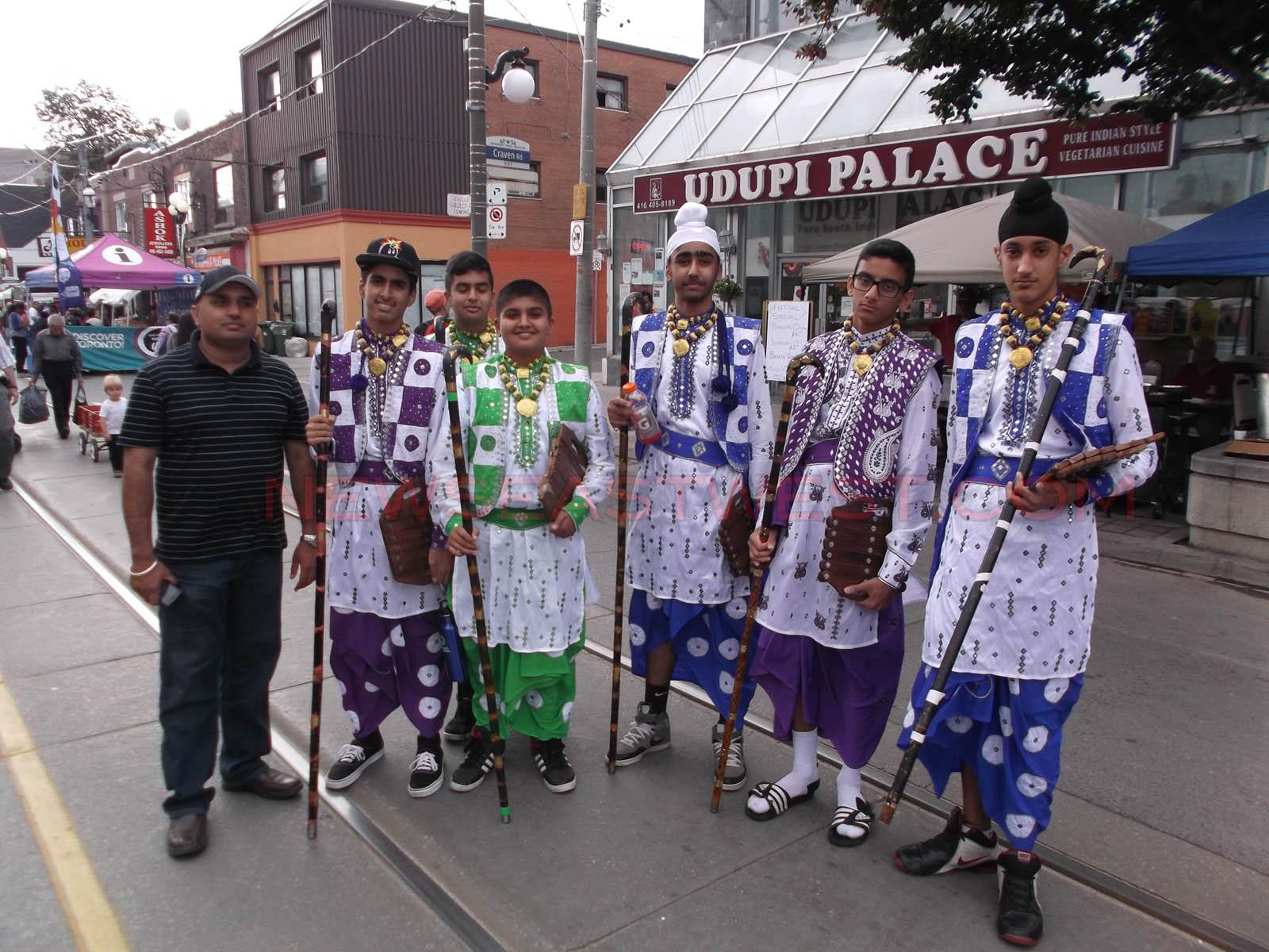 gerrard-india-bazaar-festival-2014