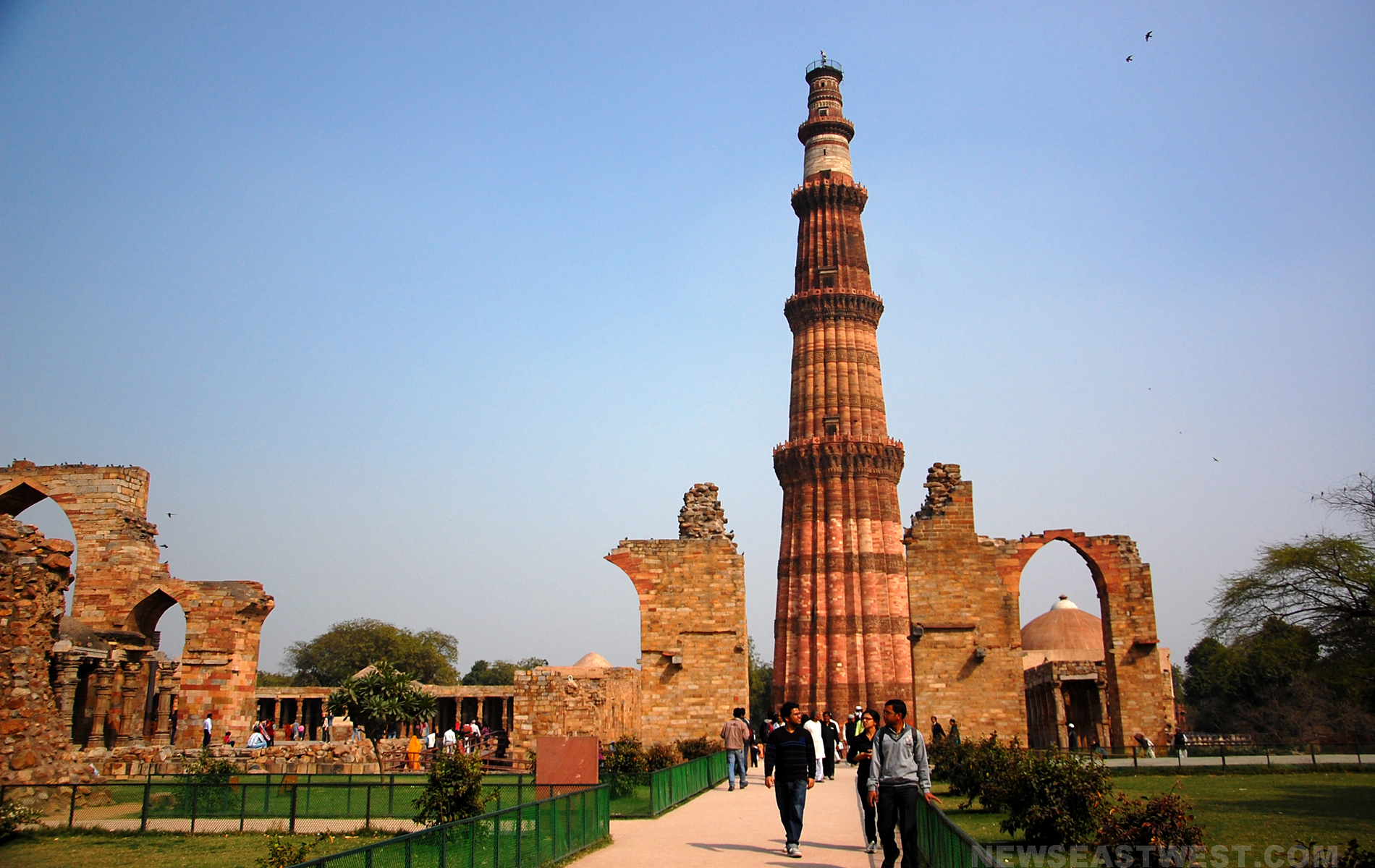qutab-minar-hd-wallpaper