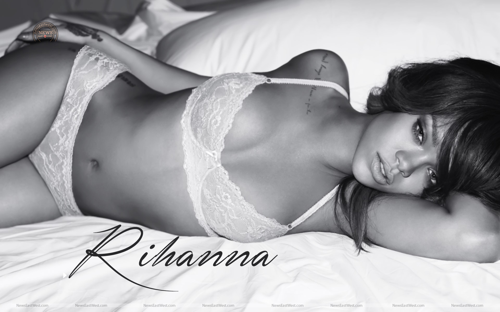 rihanna-sizzling-wallpaper