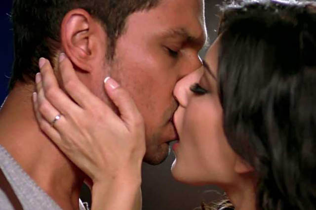 Steaming kiss: Sunny Leone and Randeep Hooda