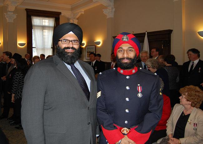 Manmeet S. Bhullar with Detective Jasbir Singh Kainth-1