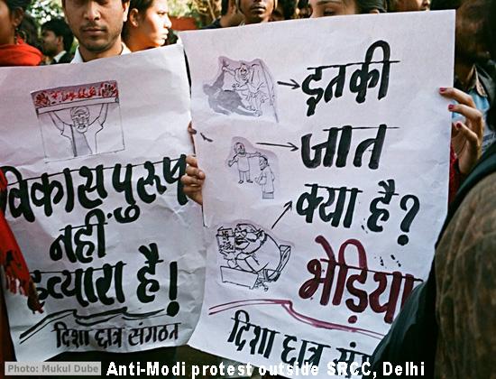 Modi faces protesters in Delhi