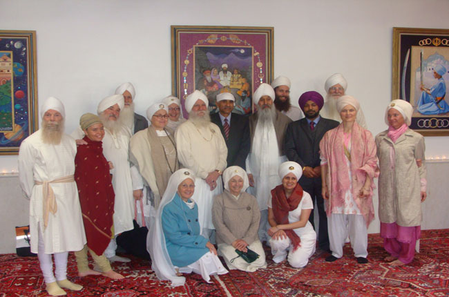 Indian consul general with Sikh community of New Mexico