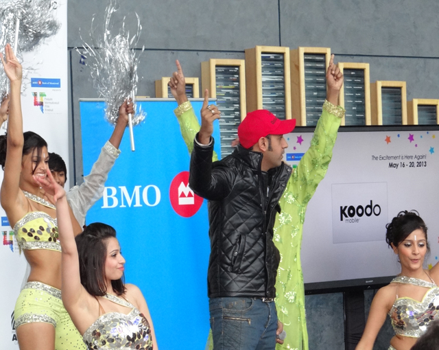 Gippy Grewal dancing with a bevy of beauties.