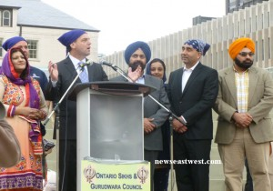Tim Hudak, leader of the Ontario Conservative Party, addressing the Sikh community.