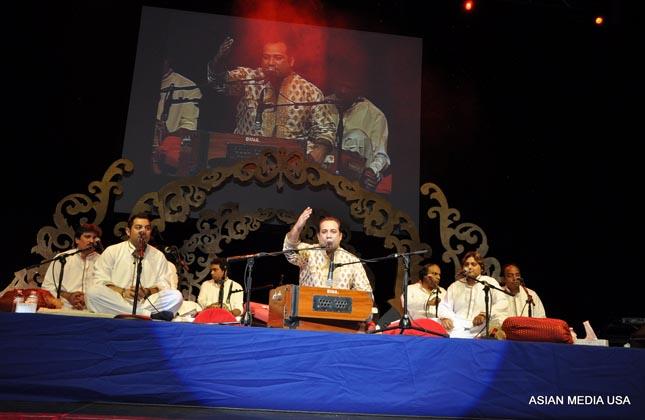 Rahat Fateh Ali Khan in Chicago concert