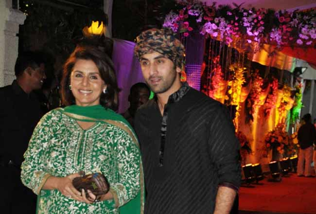 Bollywood heartthrob Ranbir Kapoor with mom Nitu Singh