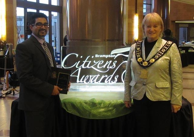 Vishal poses with Brampton Mayor Susan Fennell.