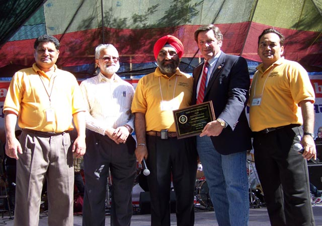 Yuba City Punjabi community honor for Congressman John Garamendi