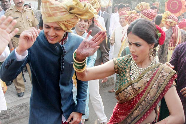 riteish with wife Genelia D'Souza