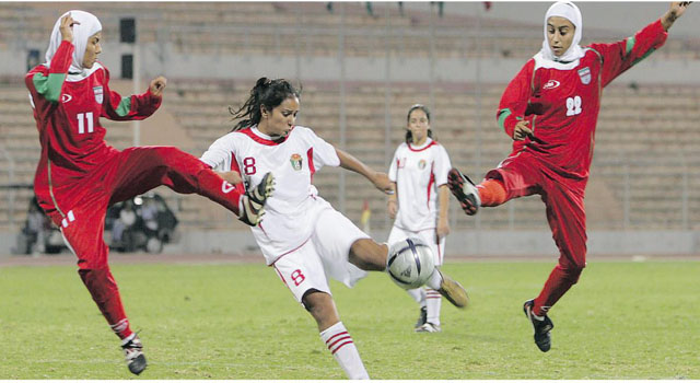 If existing rules that allow hijabs for Muslim girl, why not turbans for Sikh players?