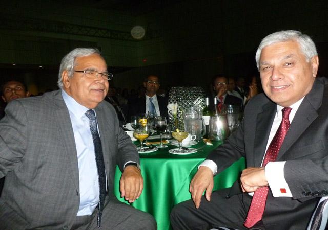 Pankaj Mehra with former CIBC president Kam Rathee.