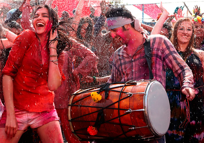 Ranbir and Deepika in YJHD