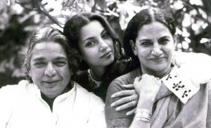 Shabana Azmi seen with her father Kaifi Azmi and mother in her younger days