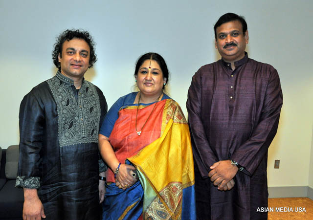 (L to R) Aneesh Pradhan who is also Mudgal's husband (tabla), Shubha Mudgal (vocal), and (harmonium).