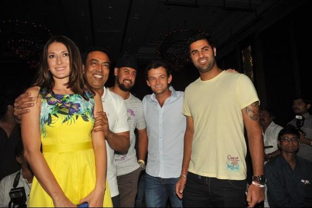Vindu Dara Singh and his Russian wife Dina Umarova seen with Kings XI Punjab players