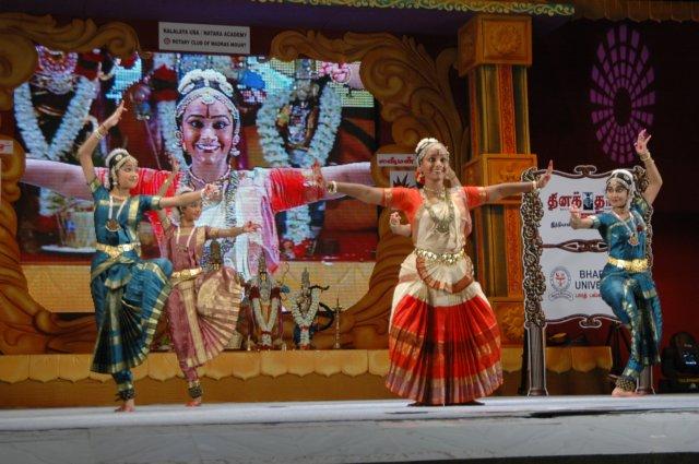 madurai muralidharan dance