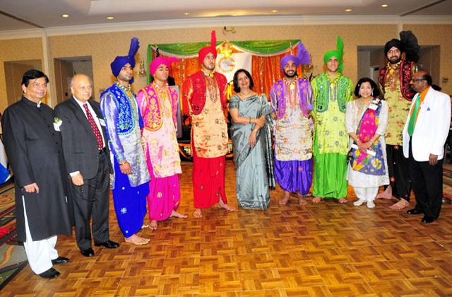Bhangra performers