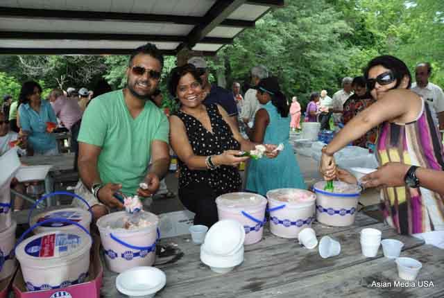 Gujarati Samaj Chicago picnic5
