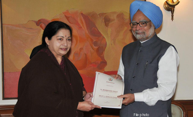 Jayalalithaa with PM Manmohan Singh