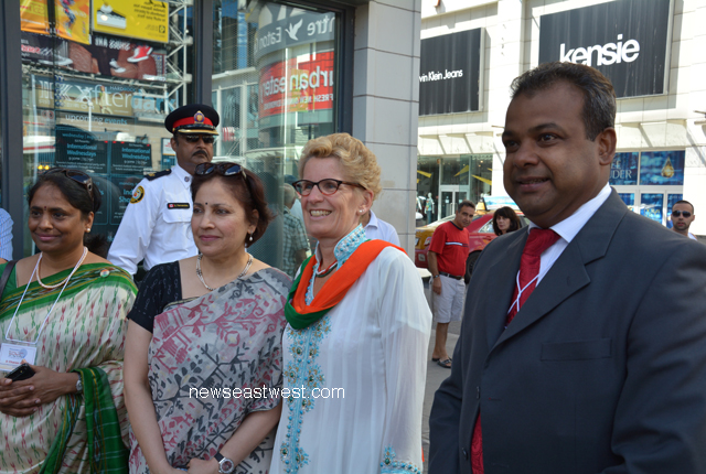 Premier Kathleen Wynne with Consul General Preeti Saran, Consul D. Charandasi and Panorama India Chair Jibanjit Tripathy.