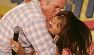 Richard Gere kissing Shilpa Shetty