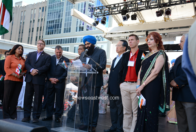 Tim Uppal, minister of state for multiculturalism, Conservative leaders at India Day celebrations in Toronto on Saturday, August 10.