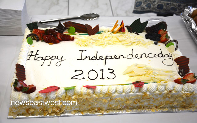 Toronto's India Independence Day cake
