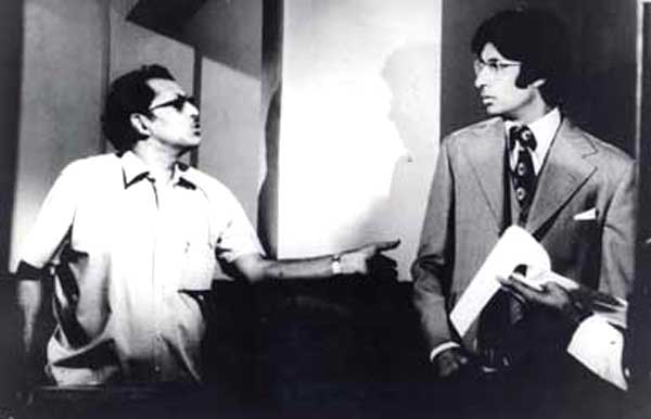 When Hrishikesh Mukherjee said: `A wrong Lata is worth more than all the right singers in the Bollywood industry.""