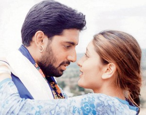 Kareena with Abhishek in Refugee