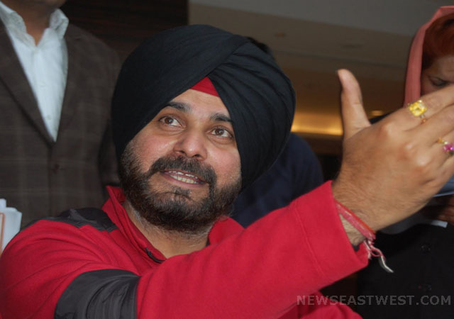 Navjot Sidhu announces fast-unto-death over neglect of Amritsar