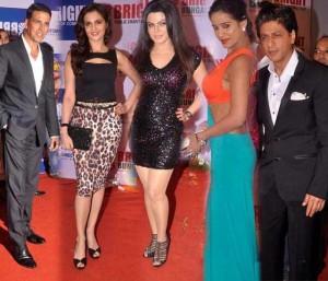 Shahrukh with hot babes