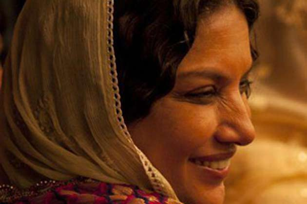 The great Shabana Azmi now plays Sonam Kapoor's mother