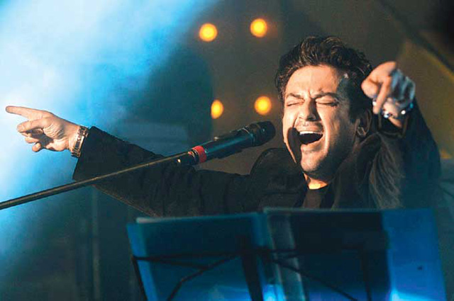 Adnan Sami: Angry with Pakistani government for neglecting singer Reshma who died on Sunday of throat cancer
