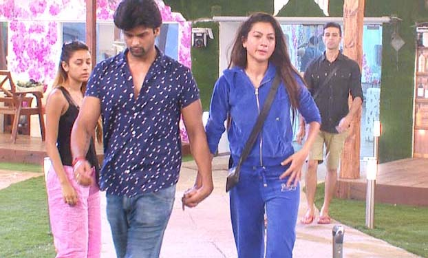 Kushal and Gauhar Khan in Bigg Boss house