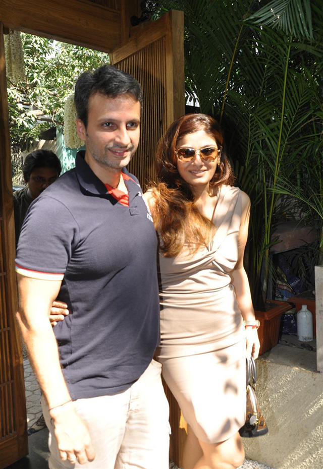 Raveena with husband Anil Thadani