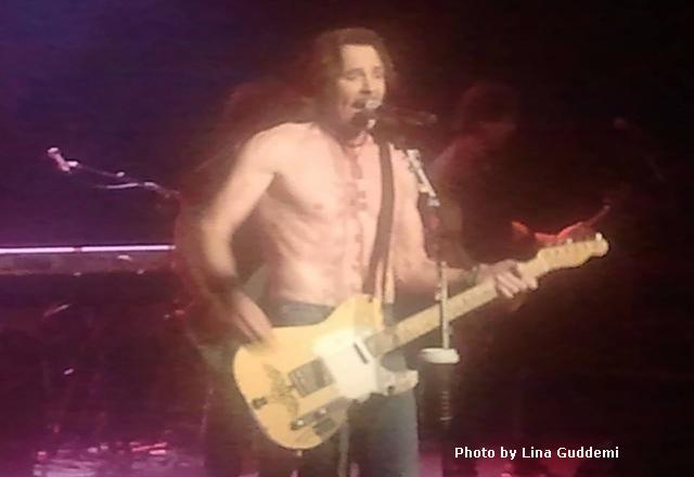 Rick sans shirt