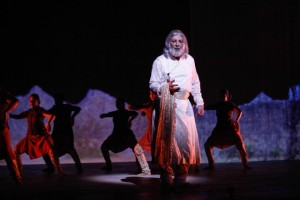 Kabir Bedi on stage as Shah Jehan2