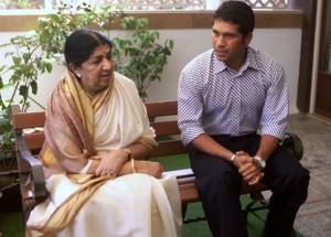 Lata Mangeshkar seen with Sachin