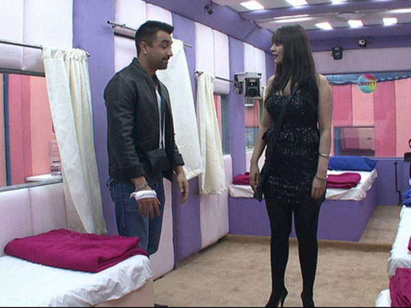 candy brar seen with ajaz khan in Bigg Boss house