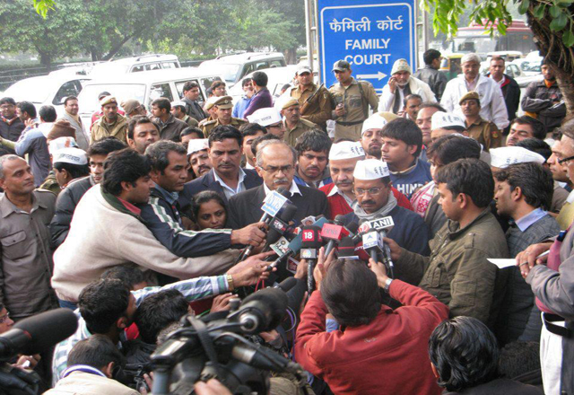 Arvind-Kejriwal-talks-to-the-media-on-poll-results