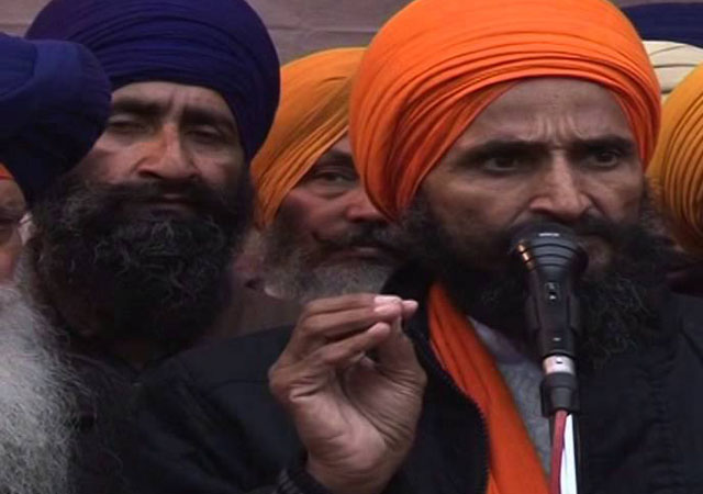 Gurbaksh Singh Khalsa ends 44-day fast for release of six Sikh detainees