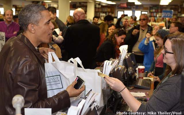 President Obama  shops for books with daughters Malia and Sasha