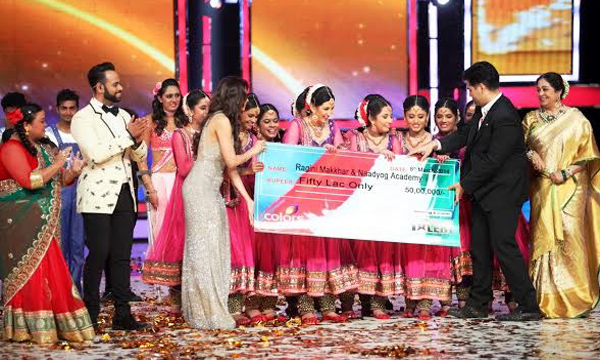 India's Got Talent winner Ragini Makkhar and students of her Naadyog academy