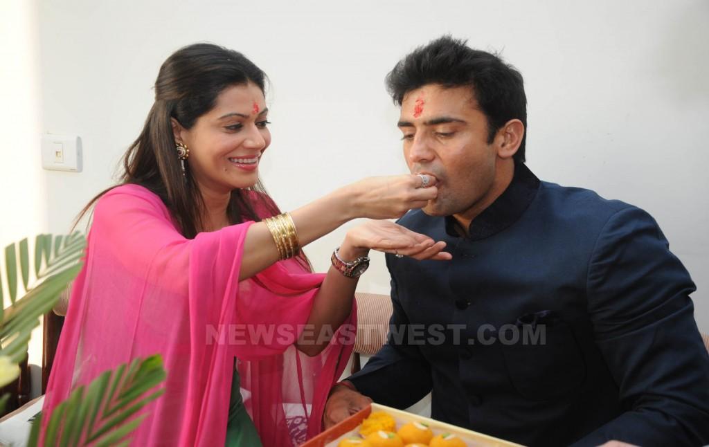 Payal, Sangram engagement