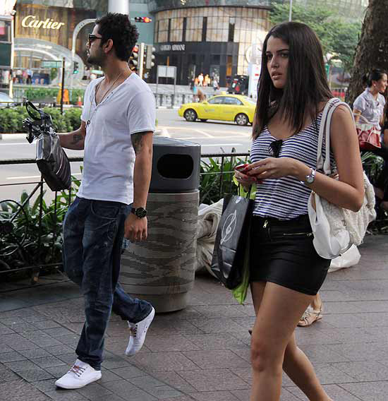 Virat Kohli seen with Izabelle