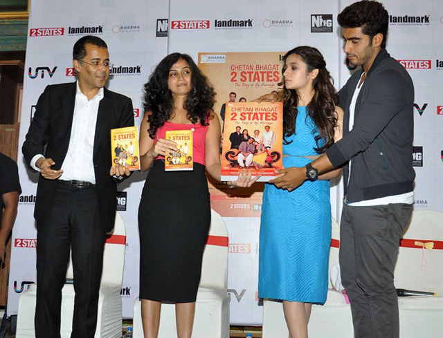 Chetan Bhagat (left) with alia bhatt and arjun